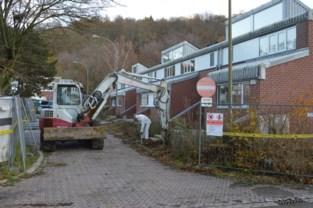 Buren stellen zich vragen: hun wijk wordt gesaneerd door asbest, op enkele centrale huizen na