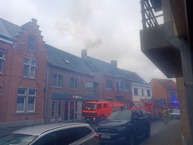 Rookschade in woning  door zware schouwbrand