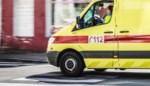 Afghaan ernstig gewond nadat hij bemiddelt bij ruzie in asielcentrum