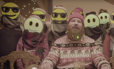 Rappende pastoor vertelt op youtube wat Kerstmis is