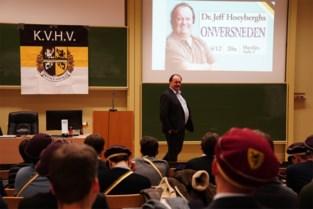 Massa klachten na seksistische lezing van Jeff Hoeyberghs, Orde der Artsen opent onderzoek