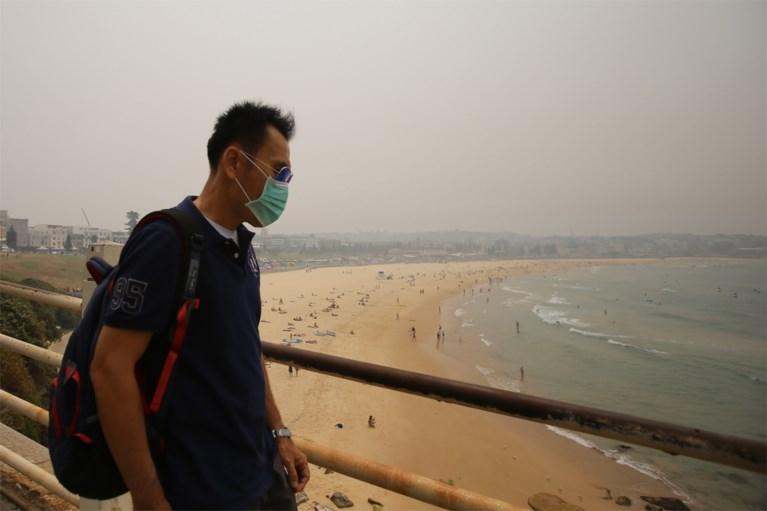 Sydney gehuld in dikke rook