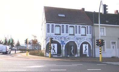 VIDEO. Speurders vallen nachtclub in Oordegem binnen, uitbaatster opgepakt