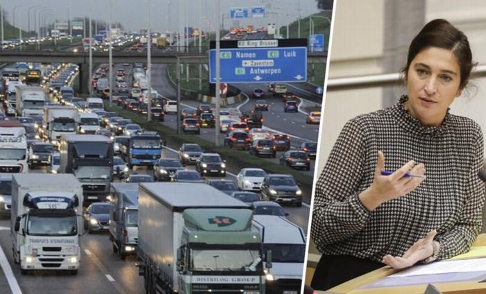 Vaker 90 per uur op snelwegen door strenger smogalarm, maar echt ambitieus is Vlaams klimaatplan eigenlijk niet