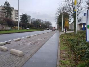 Na stortvloed aan parkeerboetes: betonblokken beschermen voetgangers