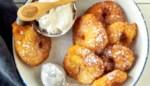 Crispy appelbeignets met kaneelroom