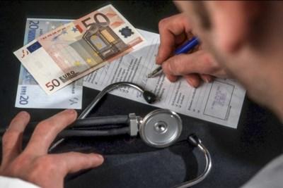 """Langdurig zieken willen werken maar doen het niet """"omdat doktersbriefje het zegt"""""""