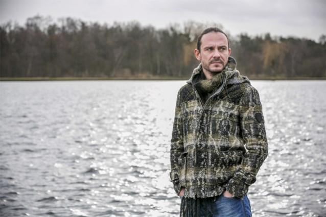 Tijs 'Van Echelpoel' Vanneste schrijft lied voor mensen met psychische problemen: 'Ik toon mijn eigen zeer'