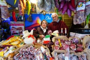 """Angela (69) verkoopt haar laatste pecorino op Winterfeesten: """"Ik heb hier even veel vrienden als thuis op Sicilië"""""""