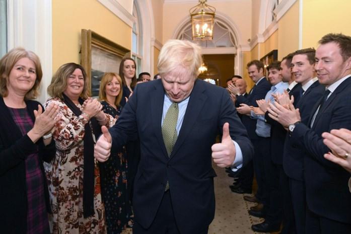 Door zijn klinkende overwinning wordt hij almachtig binnen zijn partij, maar daarom moet Boris Johnson toch nog voorzichtig blijven