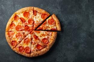 Tot acht maanden cel en 72.000 euro boete voor illegale pizzakoeriers