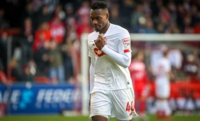 Mildere straf in beroep: Paul-José Mpoku (Standard) alleen geschorst tegen Anderlecht