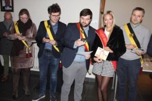 Kroontje van Miss Oost-Vlaanderen heeft Chelsy al, nu heeft ze ander doel en ze hoopt dat heel de gemeente haar steunt