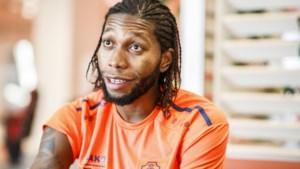 """Vertrekt Dieumerci Mbokani deze winter bij Antwerp? """"Als er een niet te weigeren bod komt, gaan we praten"""""""