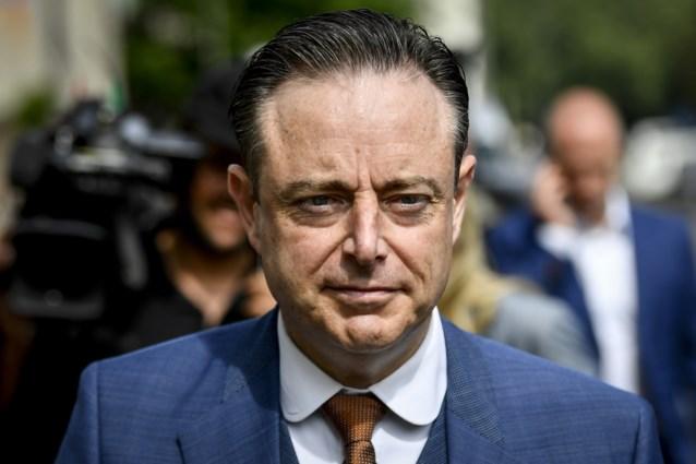 """Bart De Wever (N-VA) na uitspraken Magnette: """"Ik ontken dat ik geen formateur wilde worden"""""""