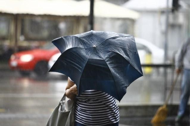 Droog begin van de dag, maar dan komen de regen en rukwinden