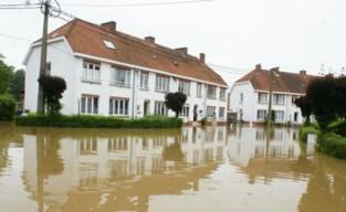 Hogere dijk Leugebeek moet overstroming van Speelhofwijk helpen voorkomen