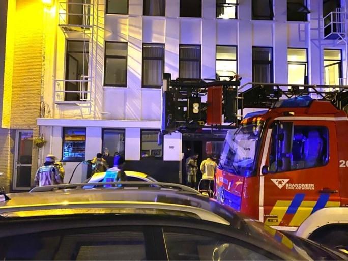 Studio's tijdelijk onbewoonbaar na nachtelijke brand in Deurne