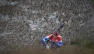 Hotondcross wordt loodzwaar: regen herschept parcours in heuse modderpoel