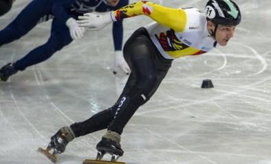 Shorttracker Stijn Desmet schaatste vier maanden met gebroken pols