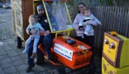 """Nicola rijdt duizend kilometer op zitmaaier voor ziek dochtertje en haar lotgenoten: """"Als 400 mensen doneren, zijn drie kinderen geholpen"""""""
