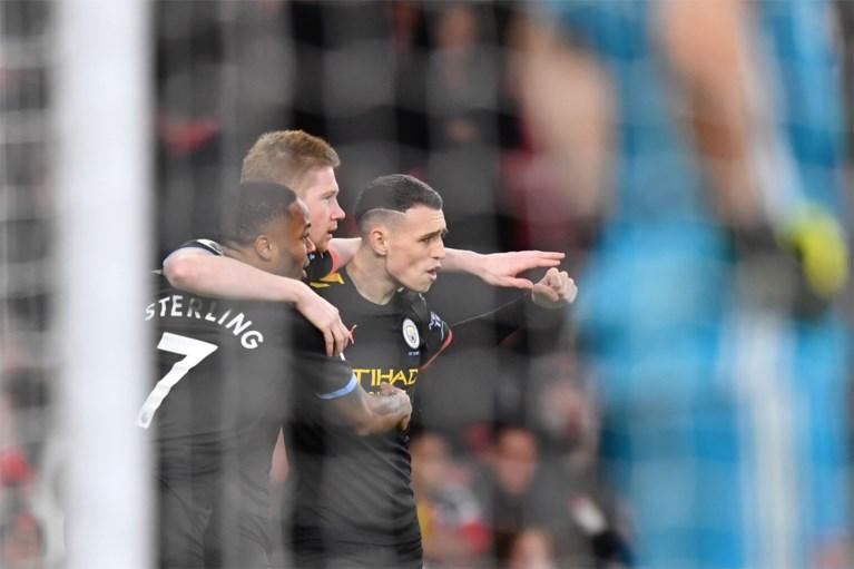 Kevin De Bruyne loodst Manchester City al na 89 seconden met twee goals en assist voorbij onmachtig Arsenal
