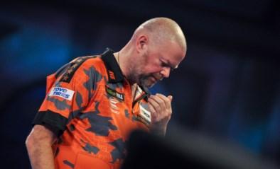 """Raymond van Barneveld beëindigt carrière met nederlaag in eerste ronde WK darts: """"Het leven heeft geen zin meer"""""""