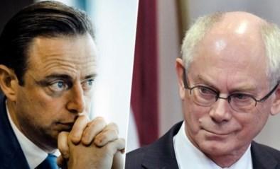 """Herman Van Rompuy (CD&V) stelt zich vragen bij gedrag van Bart De Wever (N-VA): """"Hij slaat wild om zich heen en straalt machteloosheid uit"""""""