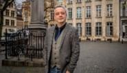 Geert Beullens fietst, verkleed als Leopold, naar Congo om sorry te zeggen voor de kolonisatie