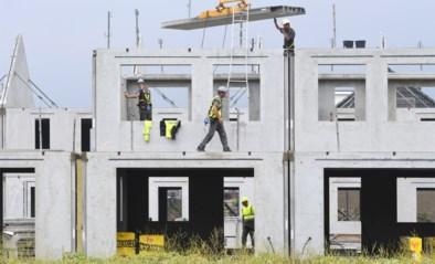 Een jaar wachten op eerste steen: wie wil (ver)bouwen moet geduld hebben