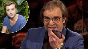 En dan belt Jan Jaap Van der Wal live tijdens 'De slimste mens' met Niels Destadsbader