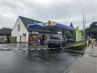 """Politie gelooft niet meer in toeval na derde overval op tankstation in enkele dagen: """"En telkens met veel geweld voor een kleine buit"""""""