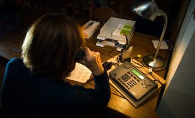 Kritiek op minister Beke: zelfs de Zelfmoordlijn krijgt minder geld