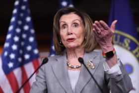 President Trump haalt in brief zwaar uit naar Huis-voorzitter Nancy Pelosi