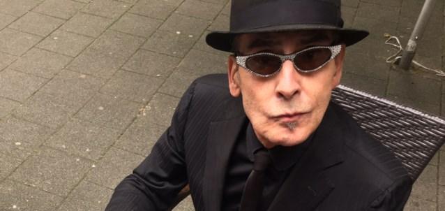 Nederlandse dichter en schrijver Jules Deelder (75) overleden