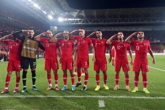 UEFA legt Turkije geldboete op na militaire groet van Turkse internationals