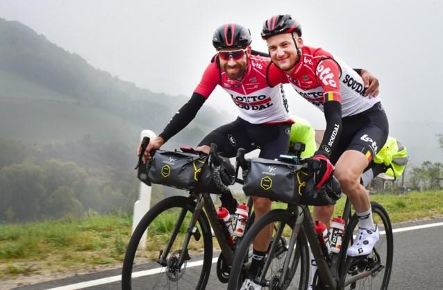 Migraine, kapotte fiets, sneeuw: nieuwe fietsreis van Thomas De Gendt en Tim Wellens loopt vertraging op