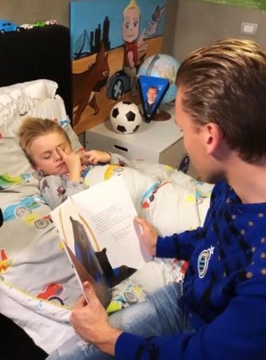Club Brugge brengt speciaal kinderboek uit, Jelle Vossen en Hans Vanaken lezen voor