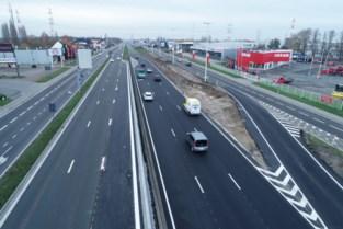 """Opstelstroken lijken oplossing mobiliteitsproblemen A12: """"Minder klachten dan anders"""""""