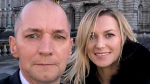 Karl Vannieuwkerke met vriendin aanwezig op kerstconcert van de koning