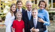Koninklijk gezin stuurt kerstwens met nooit eerder vertoonde foto