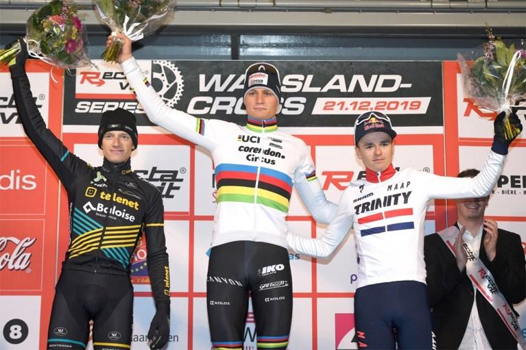 """Mathieu van der Poel wint met sprekend gemak de Waaslandcross in Sint-Niklaas: """"Dit was niet het plan"""""""