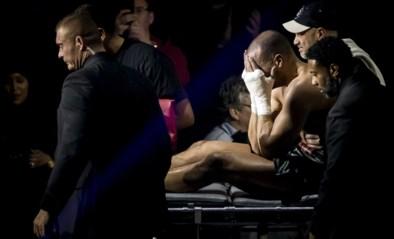 'Kickbokswedstrijd van de eeuw' loopt opnieuw af op een sisser: verliezer huilend en tierend afgevoerd