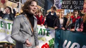 Onvoldoende sporen naar 'urinewerpers' Anuna De Wever, parket seponeert de zaak
