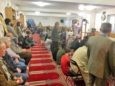 """""""Onwenselijk en onhoudbaar"""": waarom de regering liever geen 40 imams vanuit Turkije naar België ziet komen"""