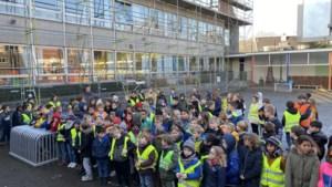 Kinderen 't Kompas steunen MFC Merlijn