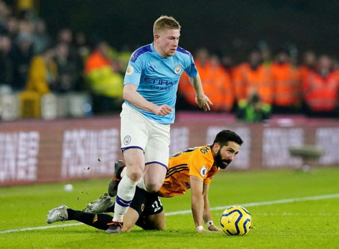 Manchester City mag titelambities opbergen na tumultueuze nederlaag tegen Wolverhampton