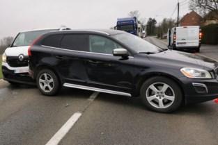 Wagens blokkeren Kleiberg na kopstaartaanrijding