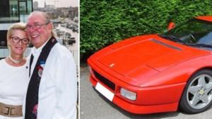 """Dieven stelen Ferrari van Wilfried (70), maar moeten hem even verder alweer achterlaten: """"Mijn vrouw zei nog: 'Ga tanken'"""""""
