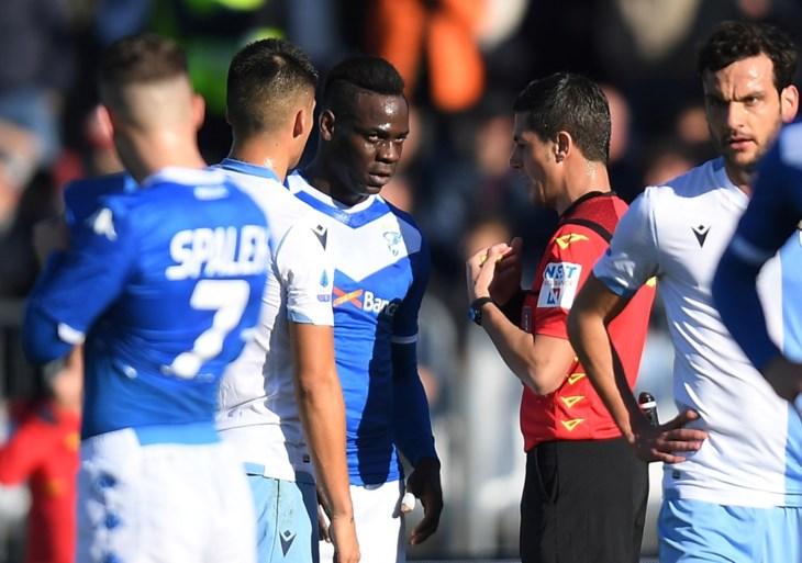 Mario Balotelli zorgt voor straffe stoot ondanks ruzie met… zijn eigen fans
